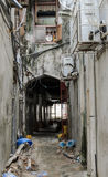 Calles estrechas de la ciudad de piedra - ciudad principal de Zanzíbar, provincia colonial vieja Fotografía de archivo