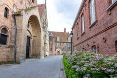 Calles medievales de Brujas vieja, Bélgica imagen de archivo libre de regalías