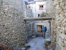 Calles medievales en Kagbeni, Nepal Imágenes de archivo libres de regalías