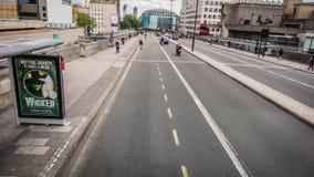 Calles muy transitadas de Londres almacen de metraje de vídeo
