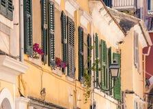 Calles viejas, ciudad de Corfú Foto de archivo libre de regalías