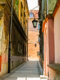 Calles viejas de la ciudad vieja, Varsovia Imágenes de archivo libres de regalías