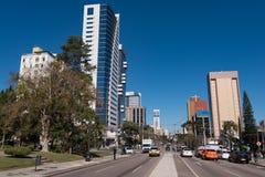 Calles y edificios de la ciudad de Curitiba Imagen de archivo libre de regalías