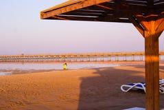 Calm Beach canopy redt Stock Photos