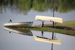 Calma no lago Imagem de Stock Royalty Free