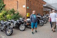 Calne cykeldag 2018 - en årlig dag var show Wiltshire UK för stadvärdsmotorcyle arkivbild