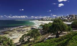 CALOUNDRA, AUS - AUG 13 2016: Hot sunny day at Kings Beach Calun Stock Images