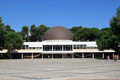 Calouste Gulbenkian Planetarium, Belem, Lissabon lizenzfreie stockbilder