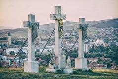 Calvário na cidade de Nitra, Eslováquia, lugar religioso, filtro análogo foto de stock