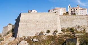 Calvi, citadelle, murs antiques, horizon, Corse, Corse, France, l'Europe, île Images stock