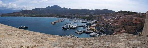 Calvi, citadelle, murs antiques, marina, voiliers, horizon, Corse, Corse, France, l'Europe, île Images stock