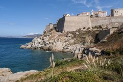 Calvi, citadelle, plage, murs antiques, marina, horizon, Corse, Corse, France, l'Europe, île Photos stock