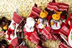 Calza e giocattoli della decorazione di Natale Immagine Stock