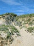Calzada cercada de la duna Imagen de archivo libre de regalías