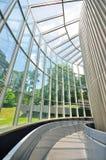 Calzada con las paredes de cristal Fotografía de archivo libre de regalías