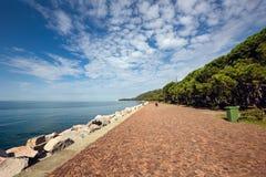 Calzada de la 'promenade' de Barcola Trieste, Italia foto de archivo
