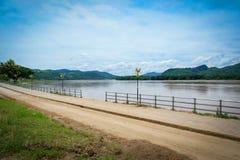 Calzada el río Mekong Foto de archivo libre de regalías