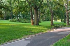 Calzada en la Nueva York Central Park imagen de archivo libre de regalías
