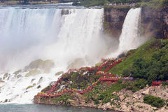 Calzada en las caídas nupciales de Vail, Niagara Falls imágenes de archivo libres de regalías
