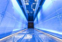 Calzada peatonal futurista foto de archivo libre de regalías