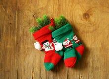 Calzini tricottati Natale per i regali Fotografia Stock Libera da Diritti