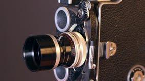 caméra de cru de film de 16mm banque de vidéos