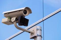 Caméra de sécurité objective Photo libre de droits