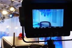 Caméra de télévision Exposition visuelle de caméra-enregistrement au Studio-foyer de TV sur la caméra image libre de droits