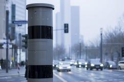 Caméra de vitesse du côté de rue photo stock