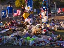 Cama de flores e expressão dos pêsames após o ataque de terror em Las Vegas - LAS VEGAS - NEVADA - 12 de outubro de 2017 Fotografia de Stock Royalty Free
