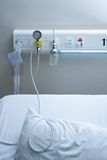 Cama do Inpatient no hospital Foto de Stock Royalty Free