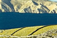 Camadas da pedra & do mar Foto de Stock Royalty Free