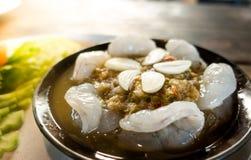 Camarão cru e molho picante, marisco Tailândia fotos de stock royalty free
