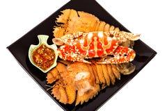 Camarão de louva-a-deus e caranguejo cozinhados do mar com molho de marisco Imagens de Stock Royalty Free