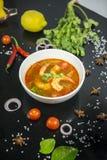 Camarão de Tom yum esta culinária imagens de stock
