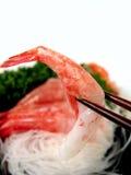 Camarão nos chopsticks Imagem de Stock Royalty Free