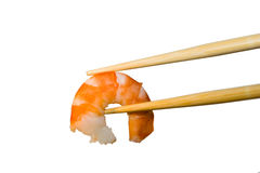Camarão nos chopsticks Imagens de Stock