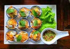 Camarón en salsa de pescados fotografía de archivo
