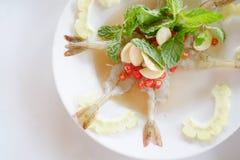 Camarón en salsa de pescados fotos de archivo