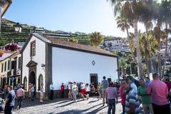 Camara de Lobos est un village de pêche près de la ville de Funchal et a certaines des plus hautes falaises dans le monde Image stock