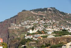 Camara de Lobos - pueblo pesquero tradicional, situado cinco kilómetros de Funchal en Madeira Fotos de archivo libres de regalías