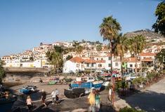 Camara de Lobos - traditioneel die visserijdorp, vijf kilometers van Funchal op Madera wordt gesitueerd Royalty-vrije Stock Foto