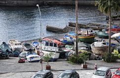 Camara de Lobos un paesino di pescatori vicino alla città di Funchal ed ha alcune di più alte scogliere nel mondo Fotografia Stock