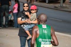 Camaradas Marathon Junior Spectator fotografía de archivo