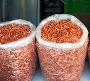 Camarones secados en sacos Imagen de archivo
