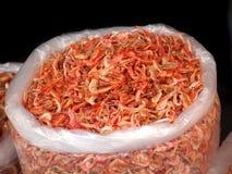 Camarones secados en un saco grande Fotografía de archivo libre de regalías