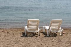 Camas blancas del sol Fotografía de archivo