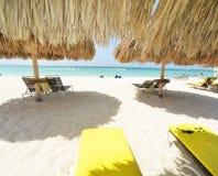 Camas de la playa en Aruba Fotografía de archivo