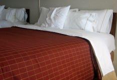 Camas del hotel Imagen de archivo libre de regalías