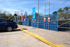 CAMBERLEY, ANGLETERRE, LE 5 MAI 2016 : Wilton Road Recycling Centre Photos stock